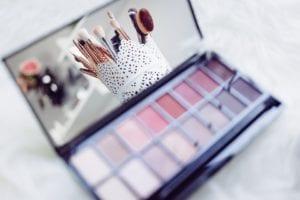 Cosmetics with published shelf life
