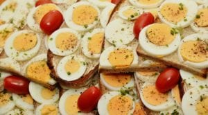 Is It Healthy to Eat Eggs Every Day